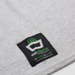 Camiseta mimaría hempworks color gris, detalle de la etiqueta