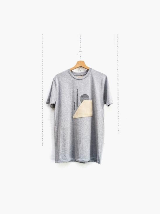 Camiseta mimaría hempworks CASTRO 03 de color gris en colaboración con el artista urbano SONEK Edición limitada