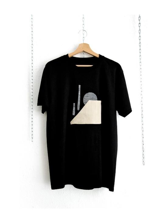 Camiseta mimaría hempworks CASTRO 02 de color negro en colaboración con el artista urbano SONEK Edición limitada